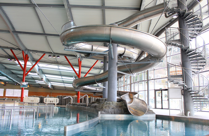 Centre aqualudique la vague au puy en velay for Piscine a palaiseau