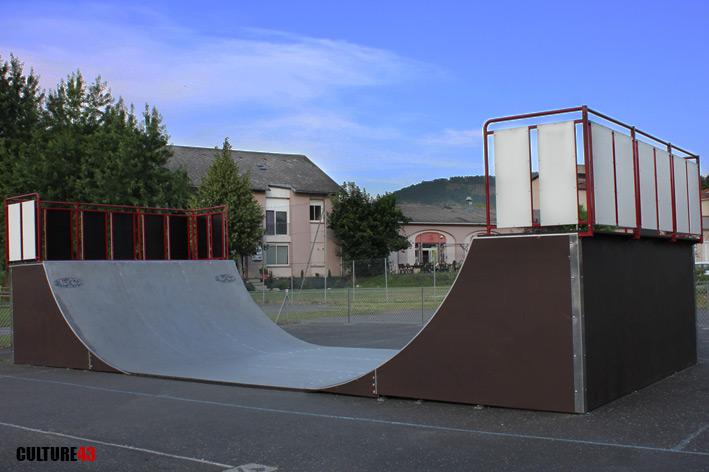 skatepark de brives charensac. Black Bedroom Furniture Sets. Home Design Ideas