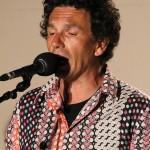 Sylvain Esnault Chant/percussion