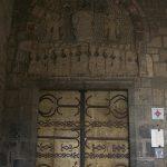 Porte du porche Saint-Jean orné de pentures en fer forgé du XIIème siècle