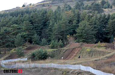 Terrain de moto-cross en Haute-loire, près le Puy-en-Velay