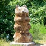 Sculpture en bordure du lac