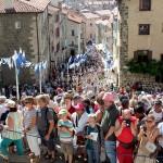 Entre 10 et 15 000 participants lors de la procession chaque année