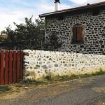 construction d'un mur en Haute-Loire